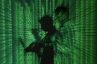 La justice européenne doit se prononcer la semaine prochaine sur un accord régissant de longue date les transferts de données personnelles entre l'Union européenne et les Etats-Unis et sa décision pourrait avoir pour conséquence de perturber les transactions quotidiennes en ligne de milliers d'entreprises.  /Photo d'archives/REUTERS/Kacper Pempel